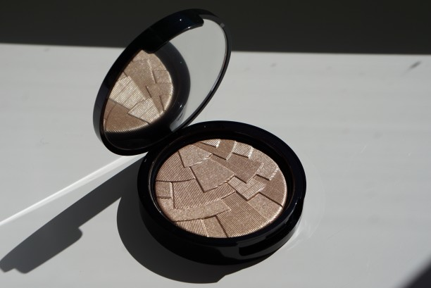 Anastasia so hollywood illuminator